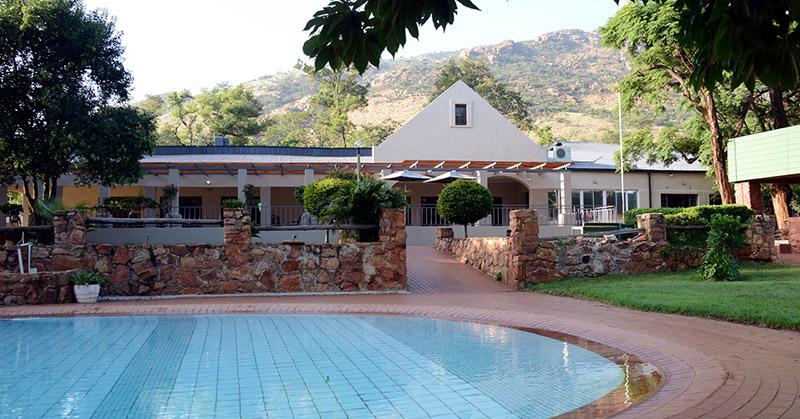 Wigwam Estate Swimming Pool
